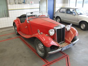 unrestored MG TD classic car