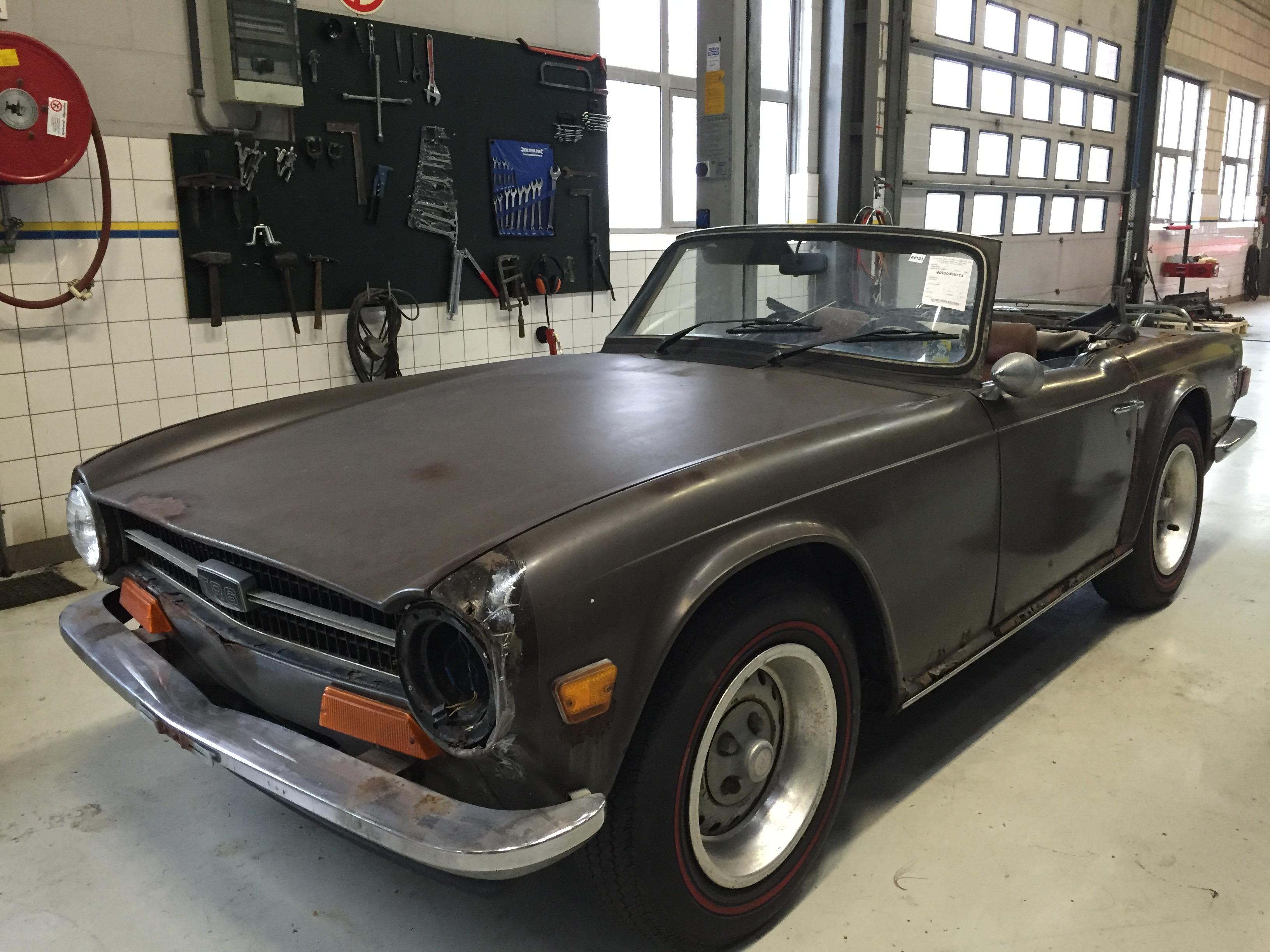 classic cars sold dandy classics. Black Bedroom Furniture Sets. Home Design Ideas