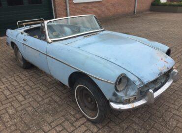 Neue Ankunft: 1964 MGB roadster Restaurierungsobjekt