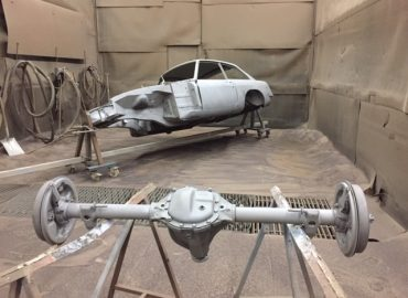 (English) MGB GT restoration: shot blasting the body shell