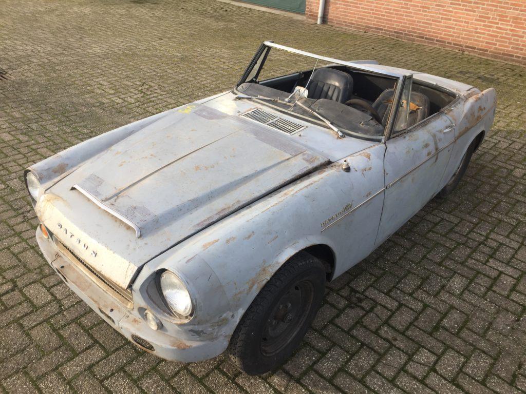 1967 Datsun 1600 Fairlady Roadster Dandy Classics